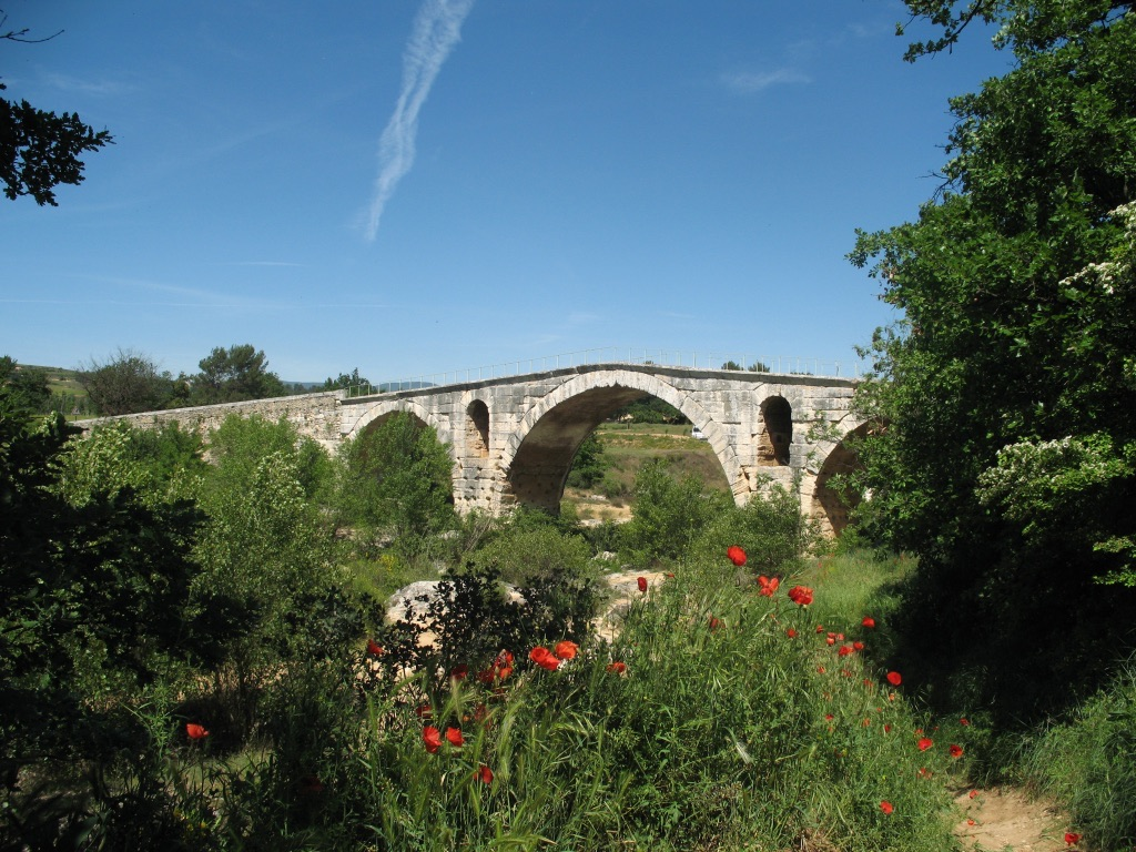 The Roman Pont Julien.jpg